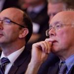 Rudy Demotte et Charles Picqué, ministres-présidents respectivement des Régions bruxelloise et wallonne, lors de la réception de rentrée de l'Union des Classes Moyennes. Bruxelles, Musée de la Bande dessinée, octobre 2011.